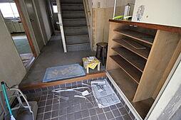 下駄箱を活用して散らかりがちな玄関をすっきり