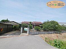 山陽本線「土山駅」徒歩25分の立地です。