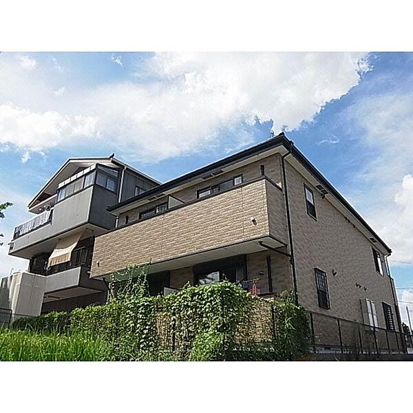 奈良県奈良市三碓6丁目の賃貸マンションの外観
