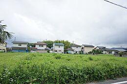 JR常磐線「岩間」駅徒歩約10分です。