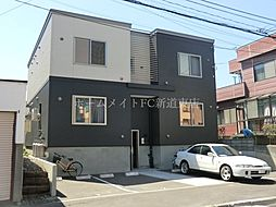 北海道札幌市東区北二十七条東13丁目の賃貸アパートの外観