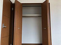 2階洋室のクローゼット