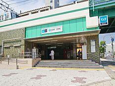 駅まで550m、中川北小学校550m(徒歩7分)