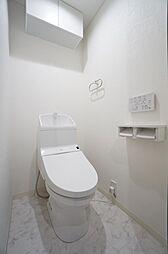 トイレ交換済、すっきりとした綺麗なトイレです。