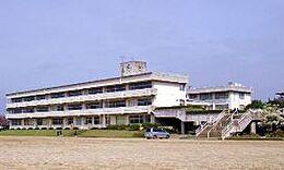 石岡市立園部中学校(1592m)