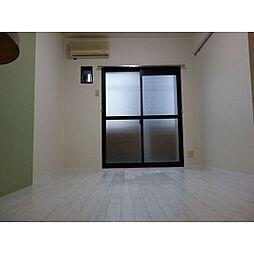 メゾンドセティエーヌのフローリング、幅もあり使いやすいお部屋です