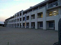 中学校美濃加茂市立西中学校まで3985m