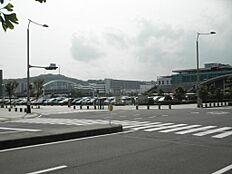 東静岡駅は目の前、マークイズ迄は徒歩10分の距離です