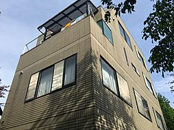東京都新宿区北新宿2丁目の賃貸マンションの外観