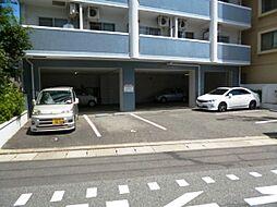 福岡県福岡市中央区荒戸1丁目の賃貸マンションの外観