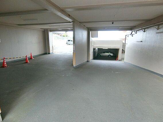駐車場です。最...