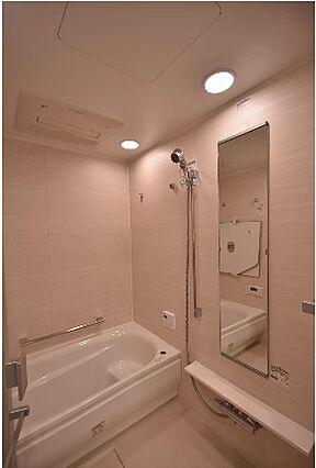 バスルームの床...