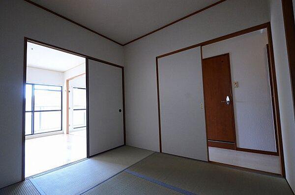 エイチツーオー杭瀬の和室