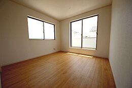 全室南向きでお部屋が明るいです