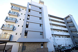 愛知県名古屋市名東区平和が丘5の賃貸マンションの外観