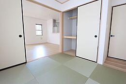 押入れのある和室は寝室や客間として大変便利にご利用頂けます。