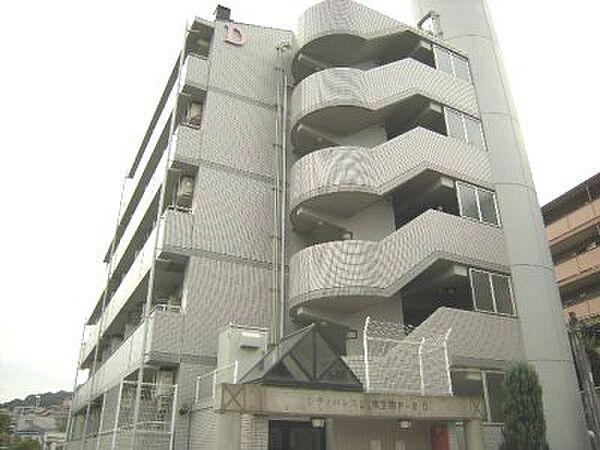 シティパレス東生駒P-3 D[3階]の外観