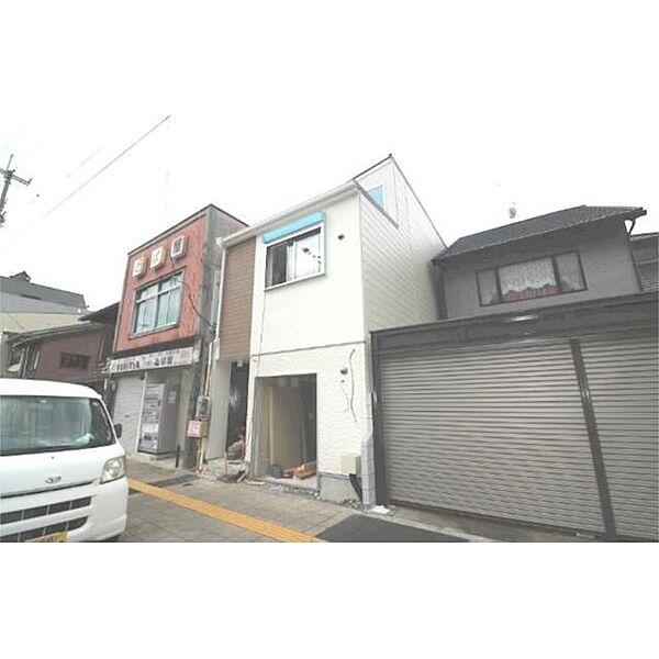京都府京都市南区四ツ塚町の賃貸アパートの外観