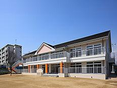 こばと保育園 470m