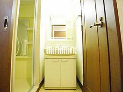 西田ビルの洗面台
