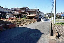 関東鉄道常総線「戸頭」駅徒歩圏内です。