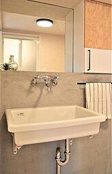 洗面台プラン例洗面化粧台設置、モルタル壁、ミラー(同一タイプ)工事費40万円(価格に含みません)