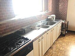 ゆとりのあるキッチンスペース。