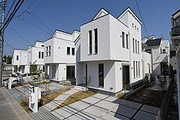 画像は同社施工例です。実際の現地とはデザインや色合いなどが異なります。詳しくはお気軽にお問い合わせくださいませ。建物プラン例 建物価格1755万円、建物面積89.26m2