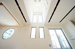 多種多様の要望に応える、トータルコーディネート住宅だからこそ叶う、理想の住まいづくりは、毎日の生活を豊かで上質なものにしてくれます。(建物プラン例/建物価格1755万円、建物面積89.26m2)