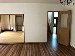 澄川自衛隊前戸建 5LDKの居間