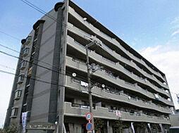 大阪府寝屋川市出雲町の賃貸マンションの外観