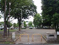 散田公園 590m
