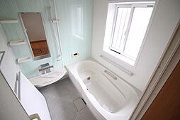 浴室 明るい浴室 窓があるので換気も安心です お問い合わせ  ハウスドゥ岩倉師勝店 TEL:0120-051-778