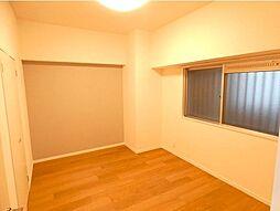 2部屋洋室があり、お子様部屋としても使えます。