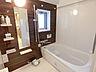 浴室は追焚機能付、窓も有り換気しやすいです。,2LDK,面積62.62m2,価格5,280万円,京都地下鉄東西線 二条駅 徒歩1分,JR山陰本線 二条駅 徒歩1分,京都府京都市中京区西ノ京栂尾町
