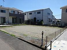 建築条件無し。お好きなハウスメーカーで建築できます。小学校650m。中学校210m。