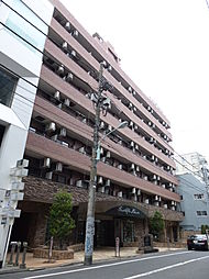 東京都港区西麻布1丁目の賃貸マンションの外観