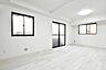白い壁がより部屋を明るい空間にしています,1LDK,面積32.53m2,価格2,950万円,東急目黒線 不動前駅 徒歩8分,JR山手線 目黒駅 徒歩11分,東京都目黒区下目黒3丁目