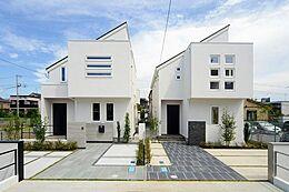 画像は同社施工例です。実際の現地とはデザインや色合いなどが異なります。詳しくはお気軽にお問い合わせくださいませ。(建物プラン例/建物価格2000万円、建物面積89.26m2)