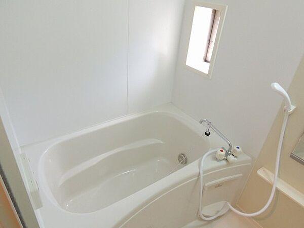 ヴィラ グラッツィア Iの日々の暮らしに欠かせないお風呂です