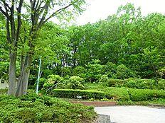 百草台自然公園まで1935m