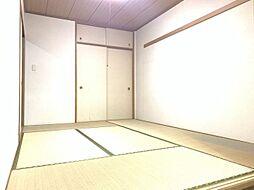 和室は6帖の広さがあり、応接間として十分な広さです。