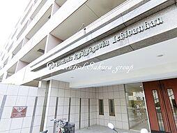 神奈川県平塚市龍城ケ丘の賃貸マンションの外観