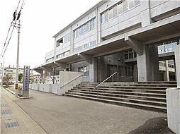 呉羽中学校 900m