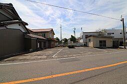 西尾市平坂町北新町