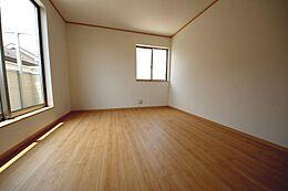 全居室2面採光でお部屋が明るいです