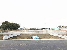 敷地はゆったり約35坪ございます。