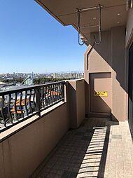 バルコニーからの眺望は東山からミッドランドまで丸見え