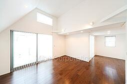 「用賀1丁目」高台の南6m公道に面するデザイナーズ邸宅 3SLDKの居間