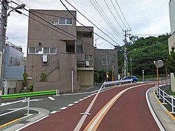 東京都調布市柴崎1丁目の賃貸マンションの外観